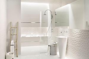 ALL IN WHITE интерьер плитка для ванной